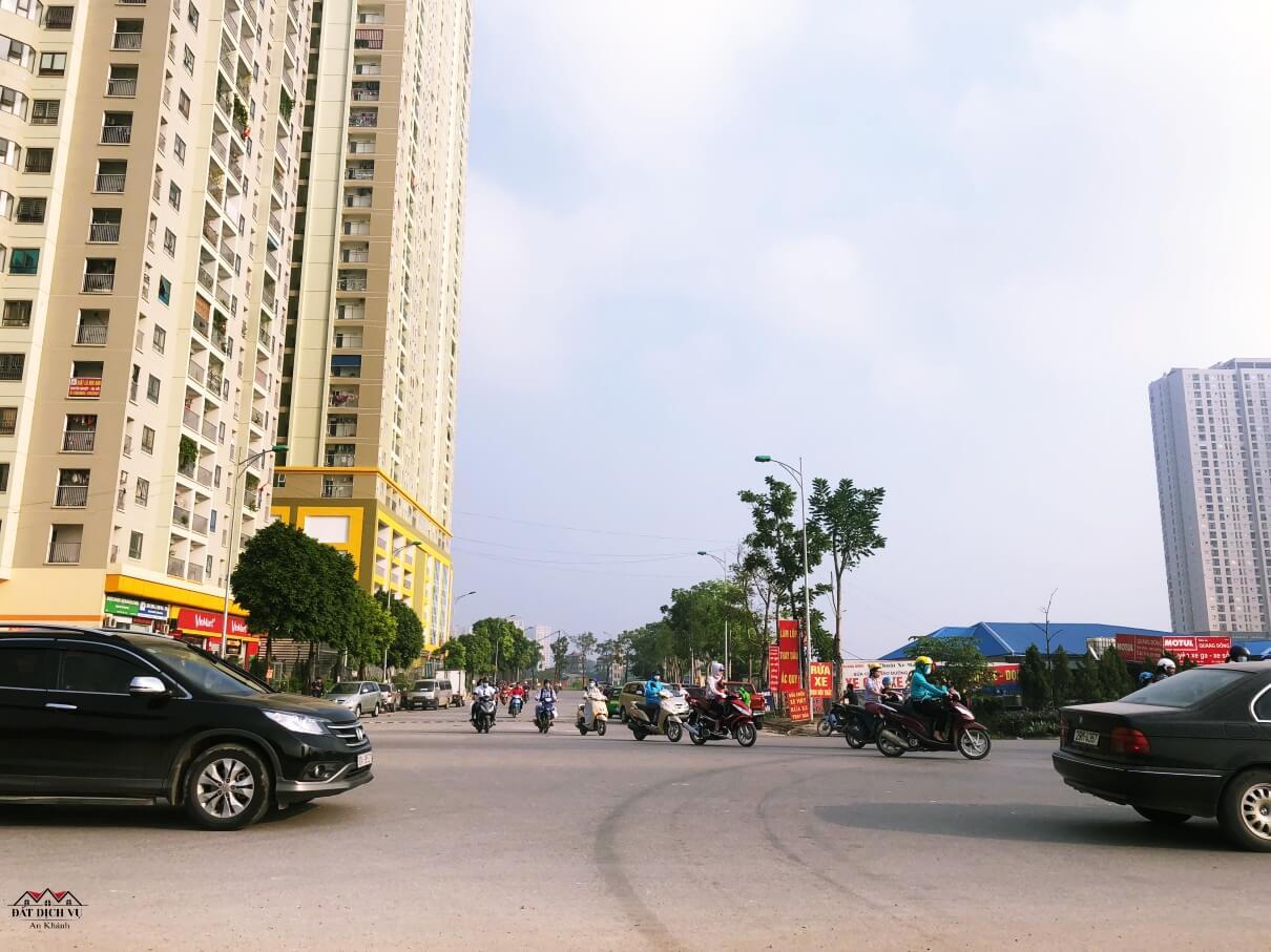 Cư dân khu chung cư The Golden An Khánh